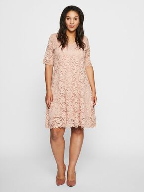58074384d788 Plus-size kjoler for damer - Kjøp JUNAROSE online.